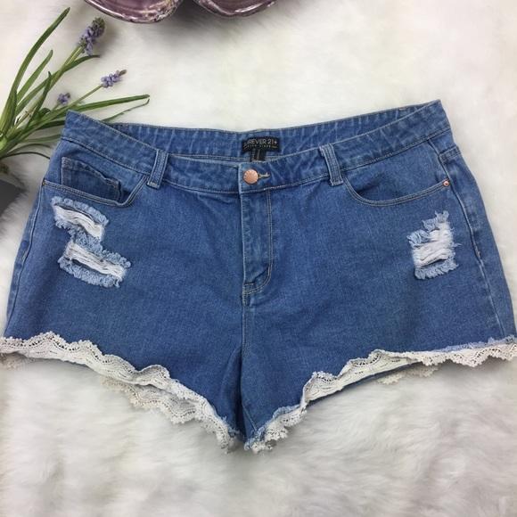 F21 Crochet Lace Shorts Plus